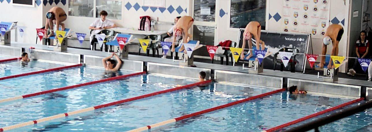 Els alevins de natació competeixen a casa en l'última jornada de la lliga catalana