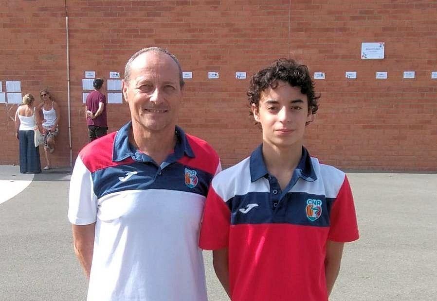 Axel Royo representa al Club Natació Rubí en el Campionat de Catalunya d'Estiu Infantil de natació