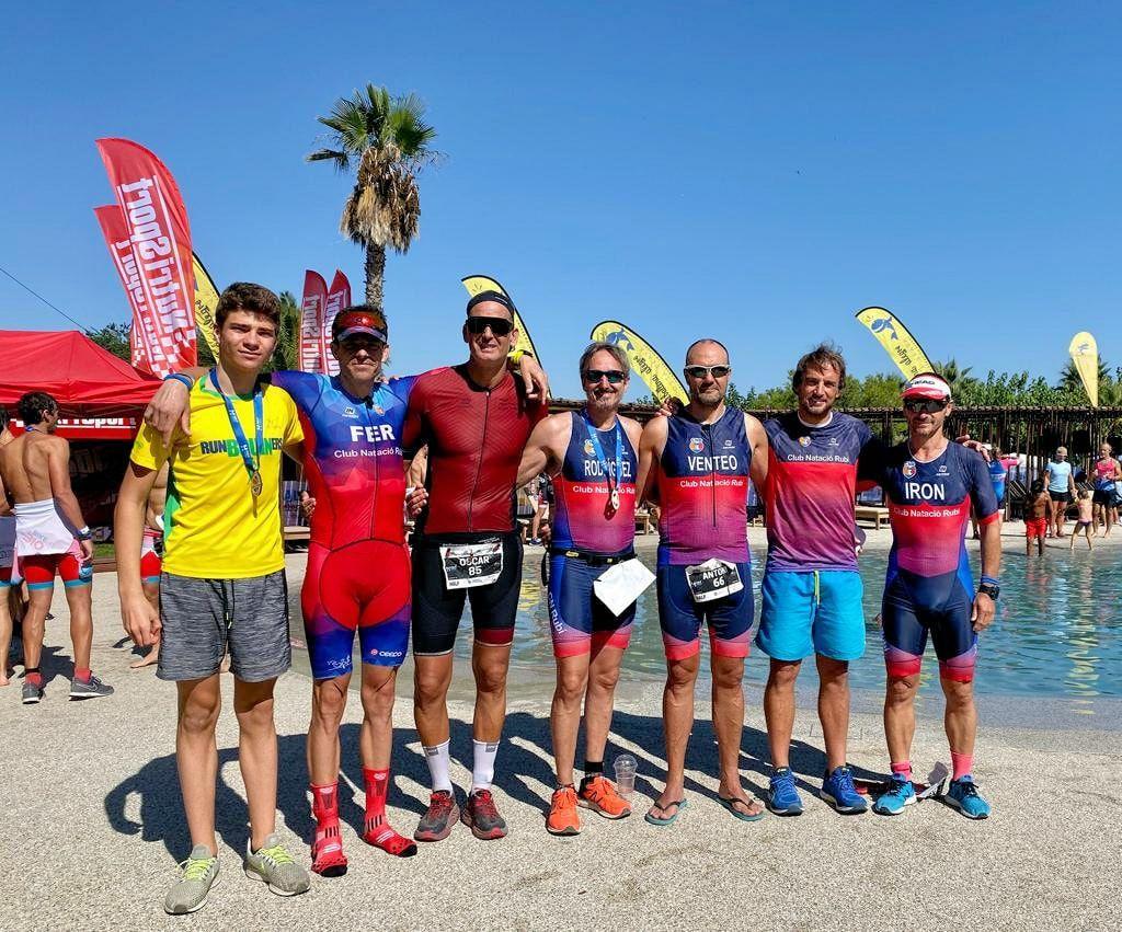 El VI Aquatló de Sitges i el Half Ballena Costa Brava, cites de l'equip de triatló del passat cap de setmana