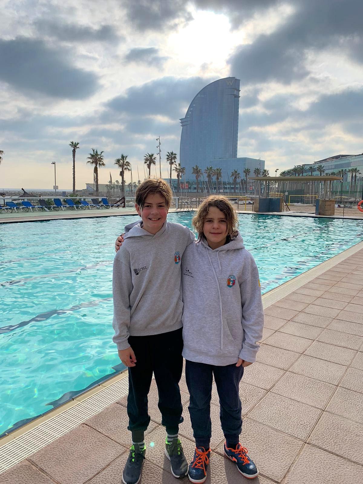 Nil Monleon i Oscar Van Doorn es classifiquen per disputar el Trofeu DS Nedador Complert Reis Aleví a nivell català